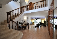 Entrance, villa for rent in Mijas