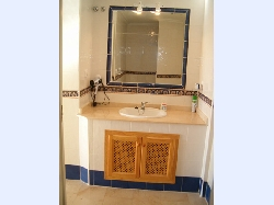 Spacious Ensuite with Walk-in Shower