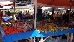 Akbuk Friday market