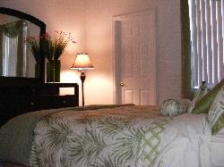 downstairs queen bedroom ensuite
