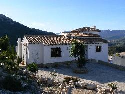 Front aspect of villa