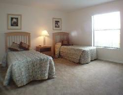 tTwin beded room 1
