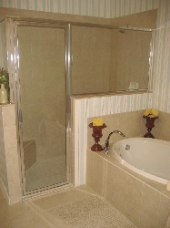 Master ensuite - separate shower + tub