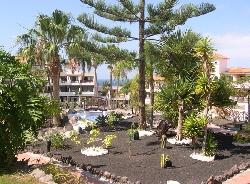 Parque Albatros gardens