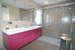 Our new en-suite main bathroom