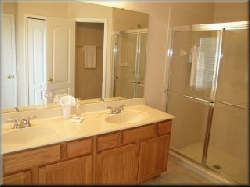 Master 1 ensuite bathroom