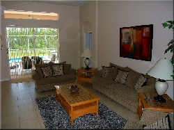 Family room with direct access to pool