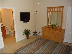 Master 2 bedroom (Queen) with LCD TV