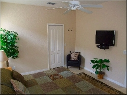Master 1 bedroom (King) with LCD TV