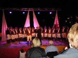 Choral evening on the beach