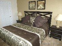 Master bed walk-in wardrobe & ensuite