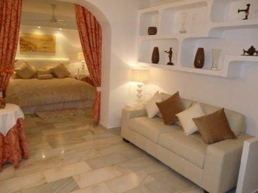 Apartment to rent in puerto banus marbella costa del sol - Sofas en marbella ...