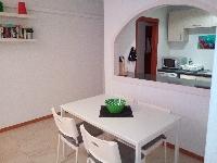 Dining Area & Kitchen