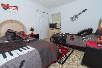 Rock out in the music room twin bedroom