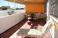 Extensive private terrace (30m2),