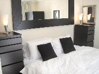 Bedroom Nr 2 with 1 king or 2 Twin beds