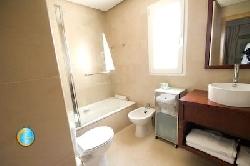 townhouse Rooney bathroom