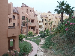 Landscaped gardens at Duquesa Village