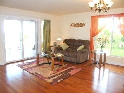Livingroom going to lanai