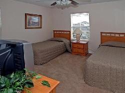 Roomy Twin bedroom with TV