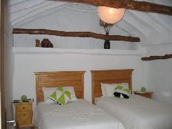 Casa Nispero Twin Bedroom