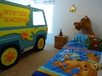 Scooby doo room with Mystery machine bed