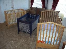 Full size crib , crib and pack n play