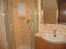 Showeroom on the 1st floor