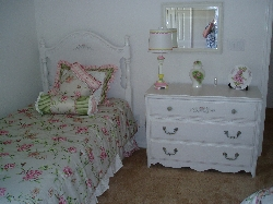 Pink twin bedroom