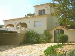 Villa ad affitto dentro moraira costa blanca for Affitti animali domestici cabina texas