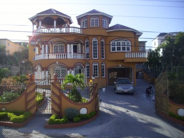 Holiday House To Rent In Westgate Hills Montego Bay