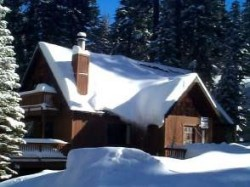 Holiday cabin to rent in north shore lake tahoe ca cozy for North lake tahoe cabin rental